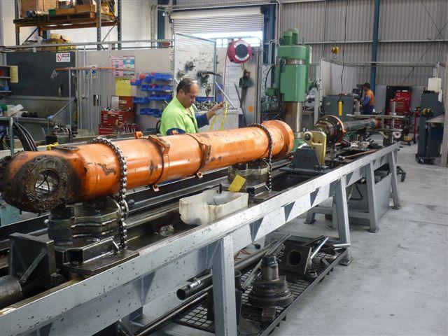 Jonel Hydraulics Gallery Of Ram Repair Workshop And Tool Hire