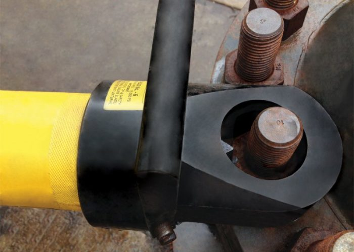"""A No 14 Head with size 'C' Cylinder can split nuts up to 3-7/8"""" – 4-1/4"""" or (95 – 105mm) AF."""