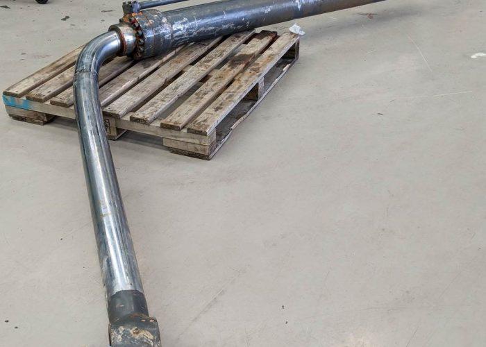 Bent cylinder 2